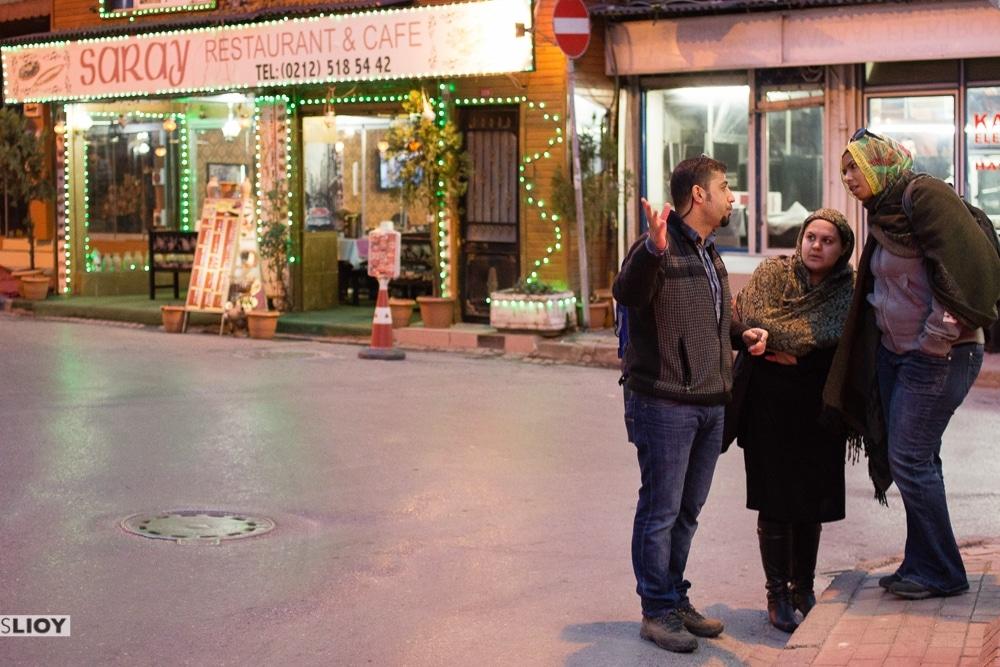 guided walking tour through sultanahmet