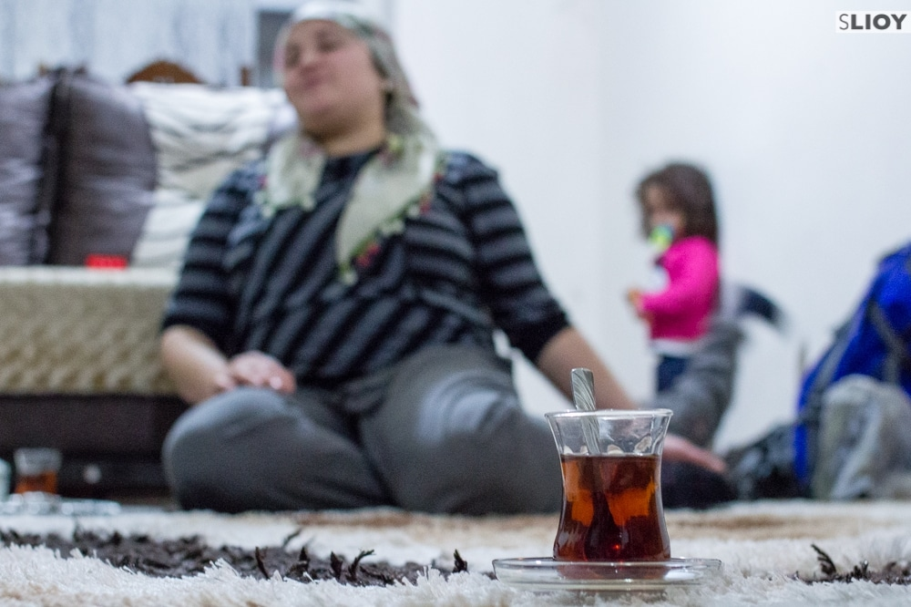 tea with local family in istanbul