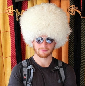 tolkuchka bazaar hat