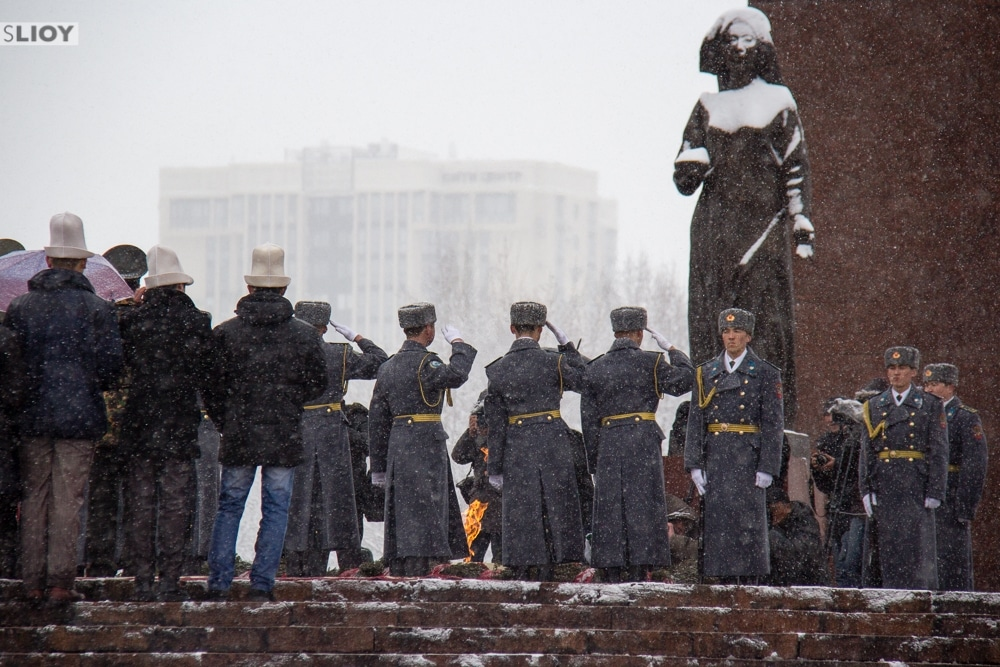 ceremony at victory park for defenders of the fatherland day