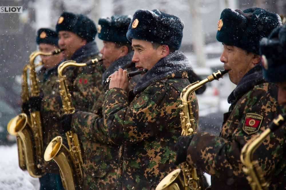 military band on defenders of te fatherland day